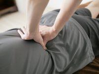 腰痛で腰に乗ってもらうべきか?